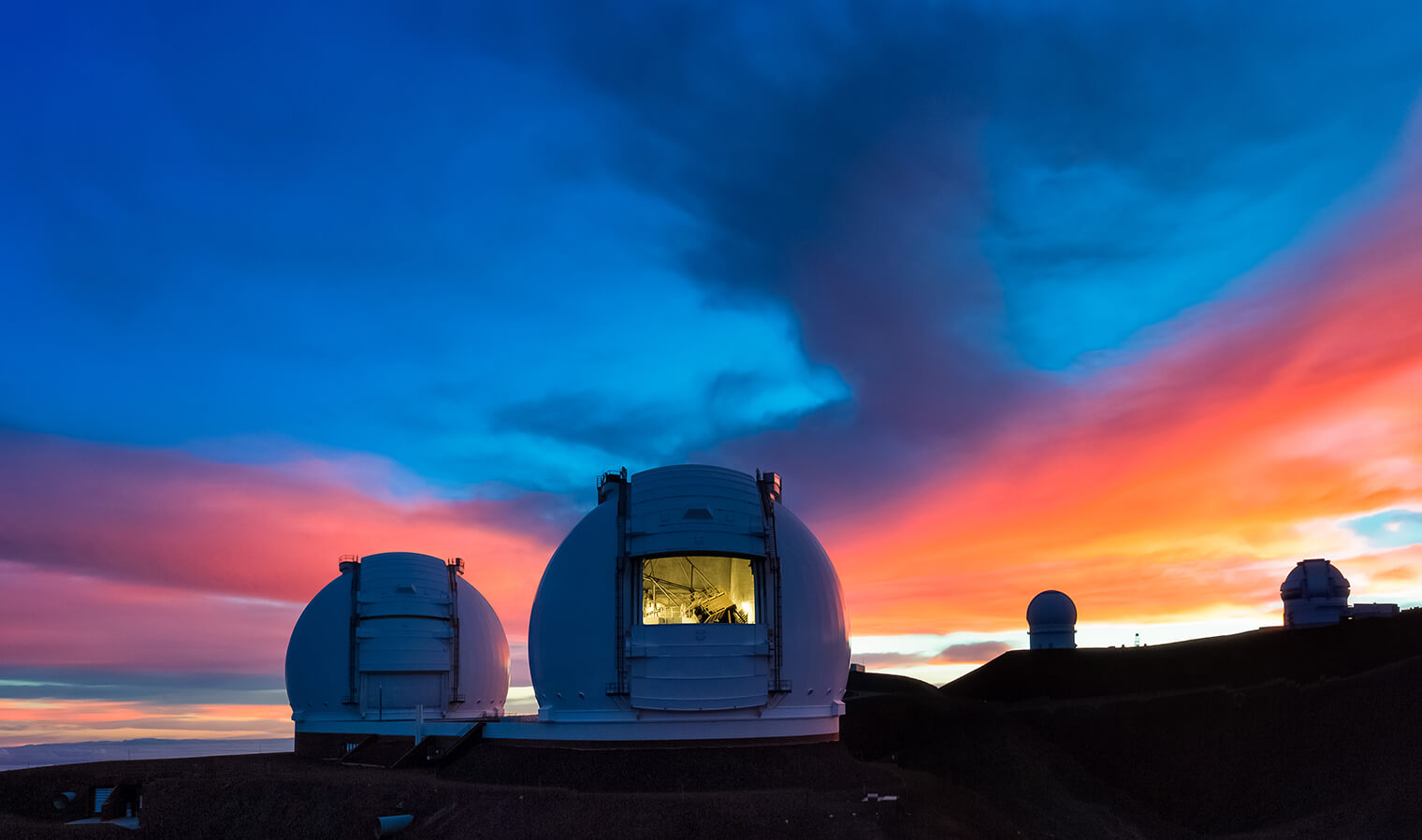 Keck Observatory at sunrise on top of the Maunakea mountain summit in Hawaii